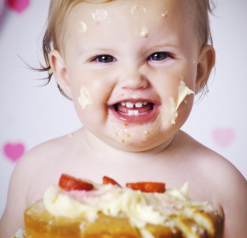 cake-smash-cherubs-winning-photo-brown_001