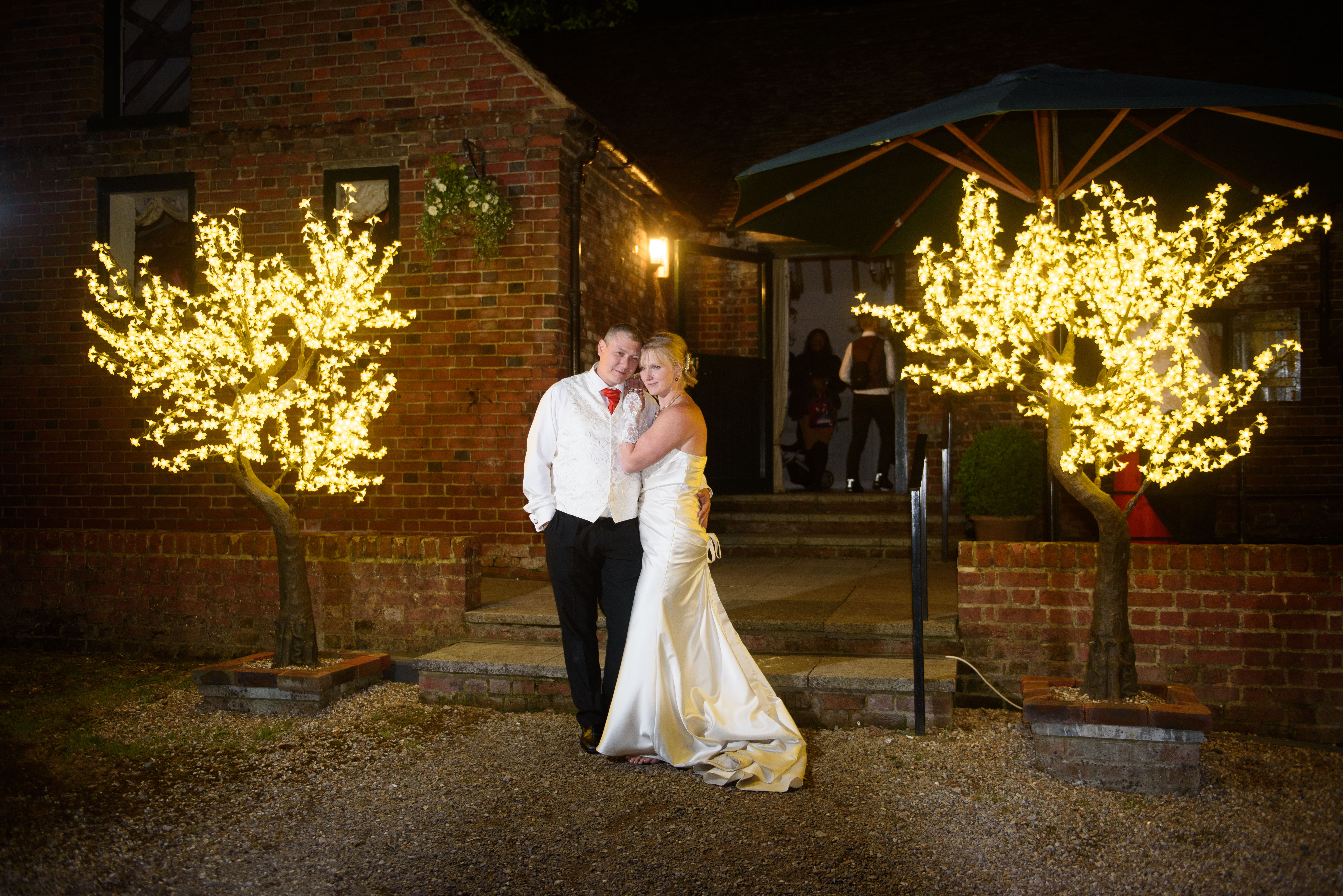 Why we love Christmas weddings…
